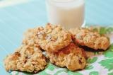 Megan's Favorite Cookies: https://1233photography.com/2014/04/06/megans-favorite-cookies/