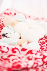 Baking Soda & Boiling Eggs: https://1233photography.com/2015/05/12/baking-soda-boiling-eggs-foodie-photographer/